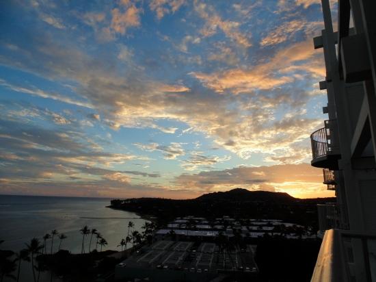 Sunset at the Kahala